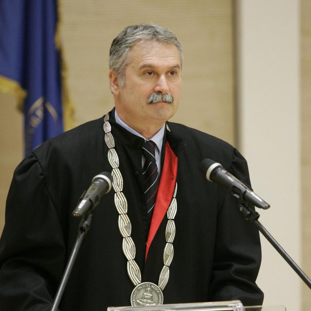 Rektor sveučilišta u Splitu Dragan Ljutić