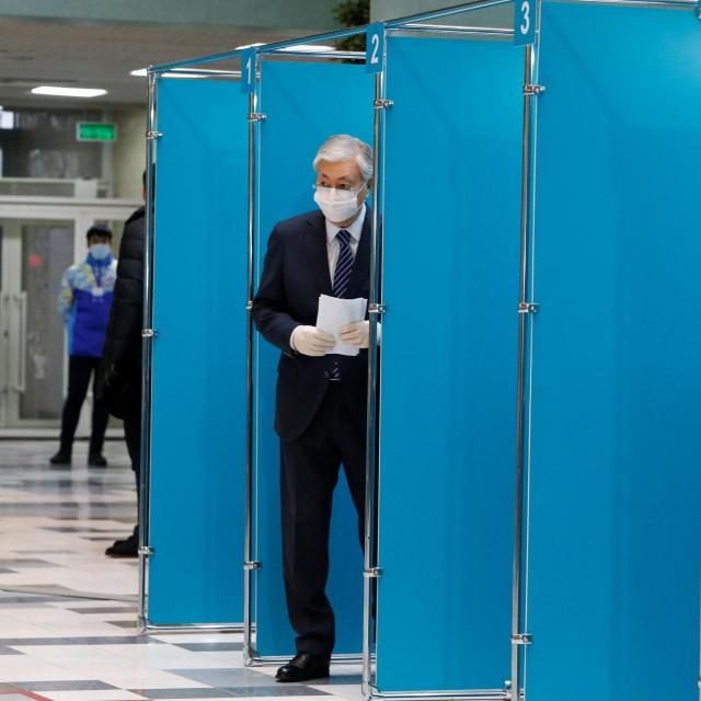 Predsjednik Kasim Žomart Tokajev na izborima u Kazahstanu