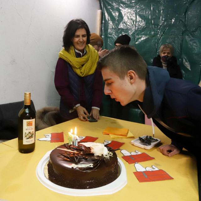 Nino Rajšić proslavio je 18. rođendan