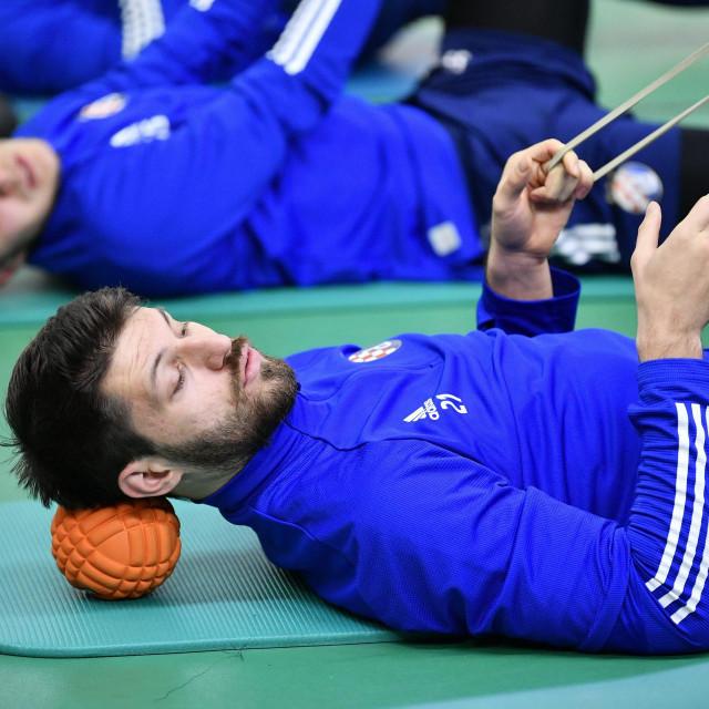 Bruno Petković u zadnje vrijeme izbjegava masažu...