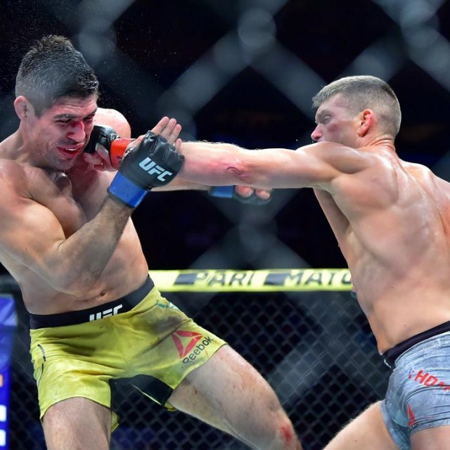Vicente Luque vs. Stephen Thompson