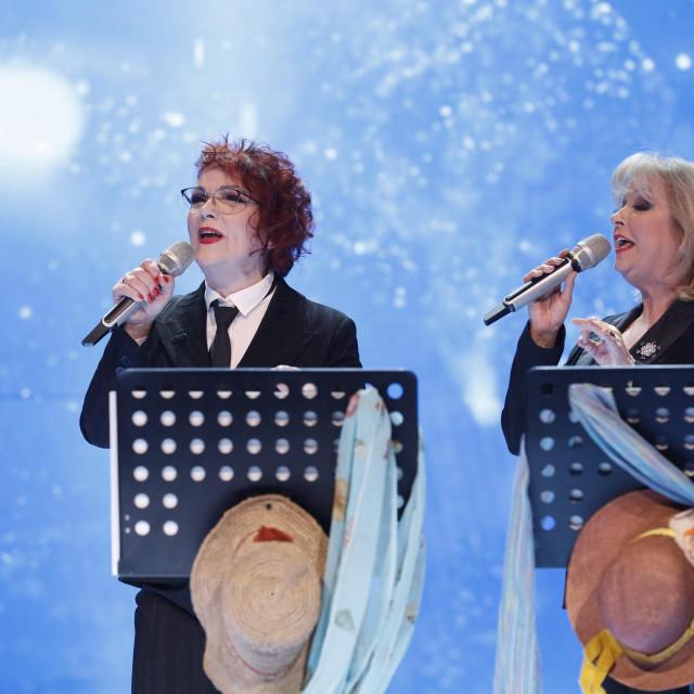 Zorica Kondža i Jasna Zlokić nastupaju zajedno na Zlatnom Studiju 2020.