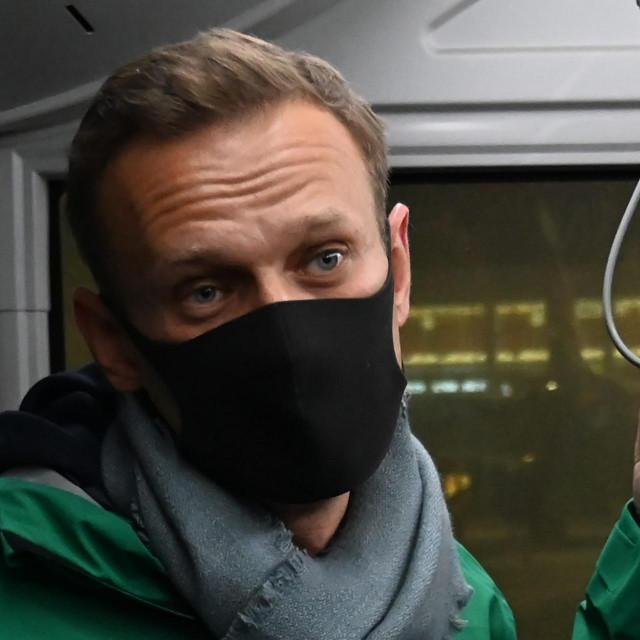 Aleksej Navaljni u zračnoj luci u Moskvi