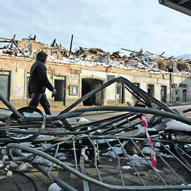Petrinja, 180121 Rusevine u centru Petrinje uzrokovane razornim potresom.