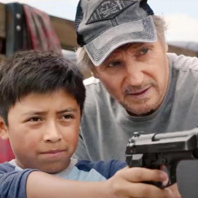 """Liam Neeson s malim Jacobom Perezom u """"Zaštitniku"""""""
