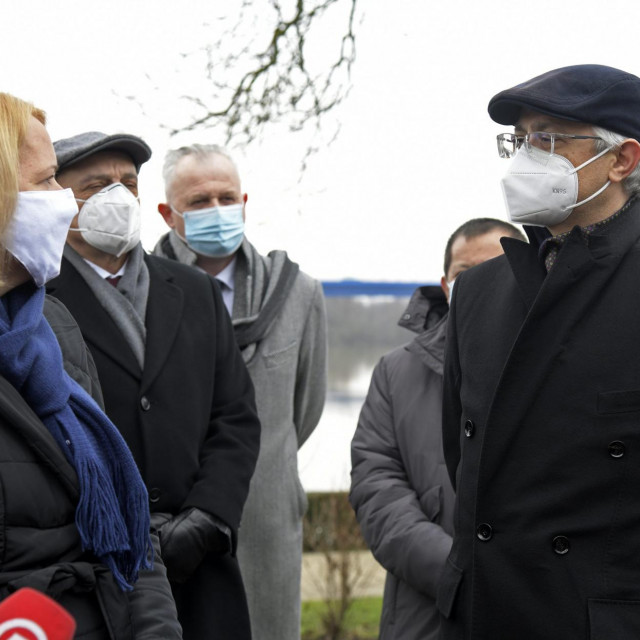 Gradonačelnica Siska Kristina Ikić Baniček i turski veleposlanik Mustafa Babur Hizlan.