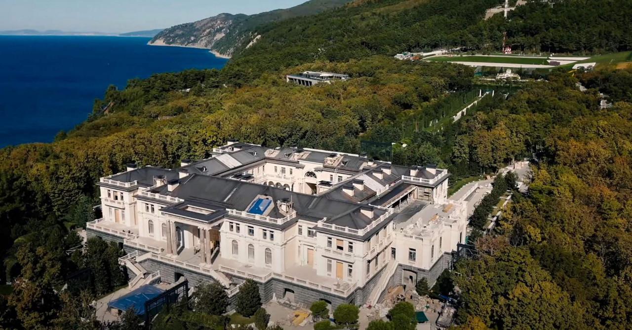 FSB: Zabrana leta iznad raskošne palače uvedena je zbog NATO-ovih špijuna