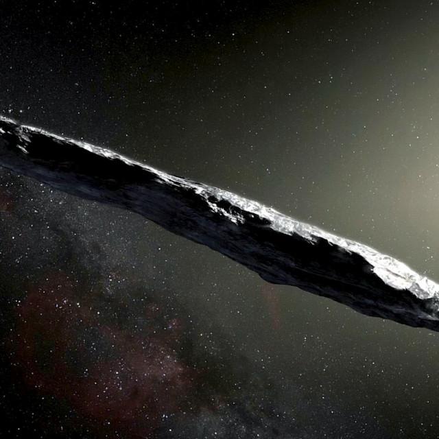 Misteriozni Oumuamua