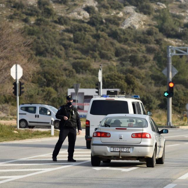 U pucnjavi u Šibeniku stradalo je više osoba