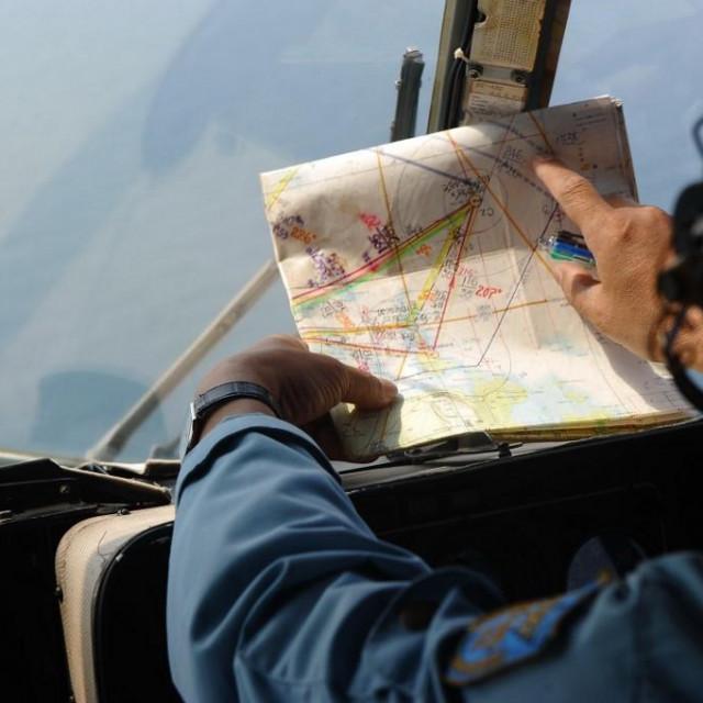 Prizor potrage za nestalim avionom