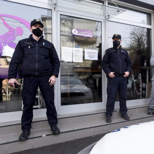Unatoč zabrani Stožera civilne zaštite, Andrija Klarić jutros je otvorio teretanu Quantum premium gym