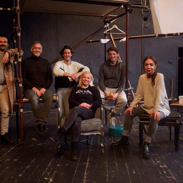 ekipa koja stoji iza predstave 'Avijatičari'