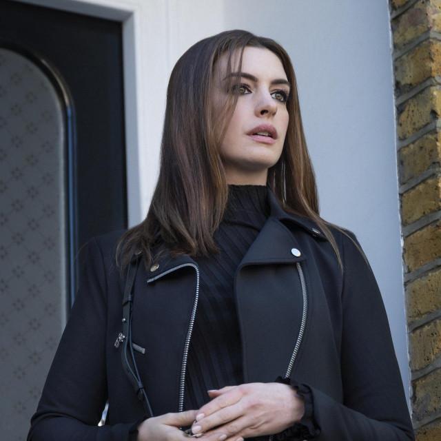 "Anne Hathaway u filmu ""U lockdownu"""