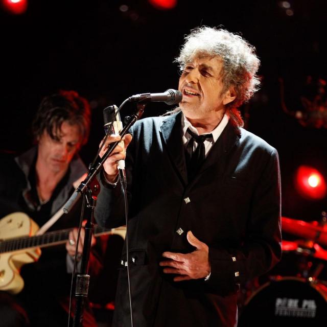 Bob Dylan u svojom emisiji pušta uglavnom stariju glazbu