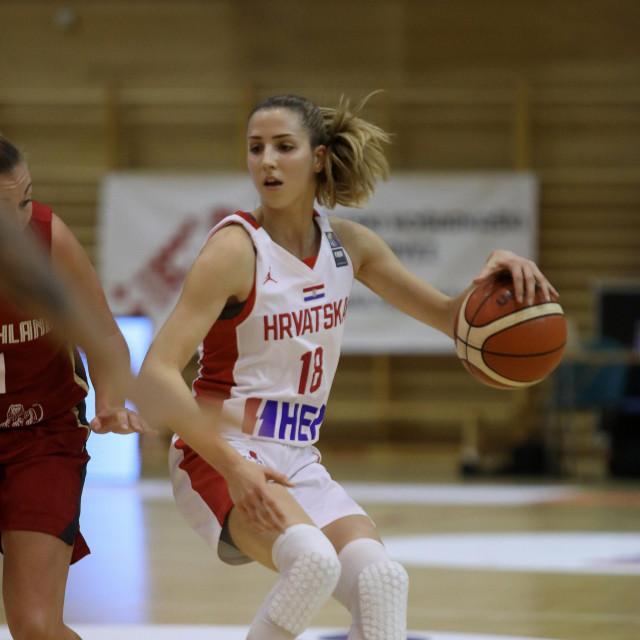 Ivana Dojkić u akciji