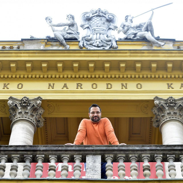 Ljubomir Puskaric, bariton, prvak Opere HNK Zagreb i bivsi sportski novinar.<br />