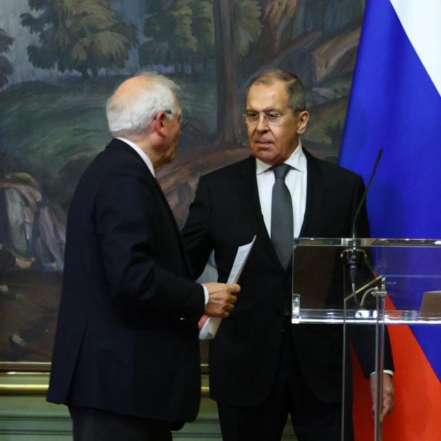 Josep Borrell i Sergej Lavrov