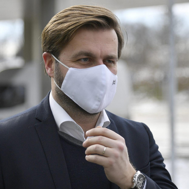 Ministar gospodarstva Tomislav Čorić