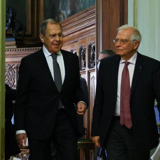 Povratak razočaranog i posramljenog Borrella (desno) u Bruxelles mogao bi dovesti do novih poziva za gašenjem plinovoda