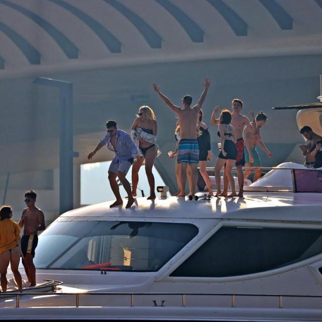 Party u Dubaiju