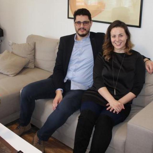 Bračni par Jelić u svom domu<br />