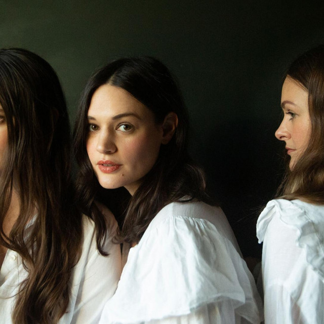 The Staves čineJessica, Camilla i Emily Staveley-Taylor