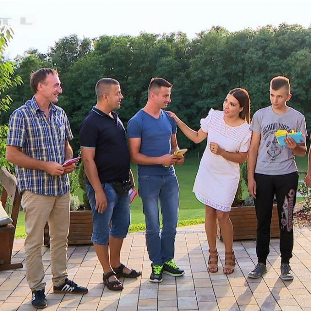 Ljubav je na selu, RTL