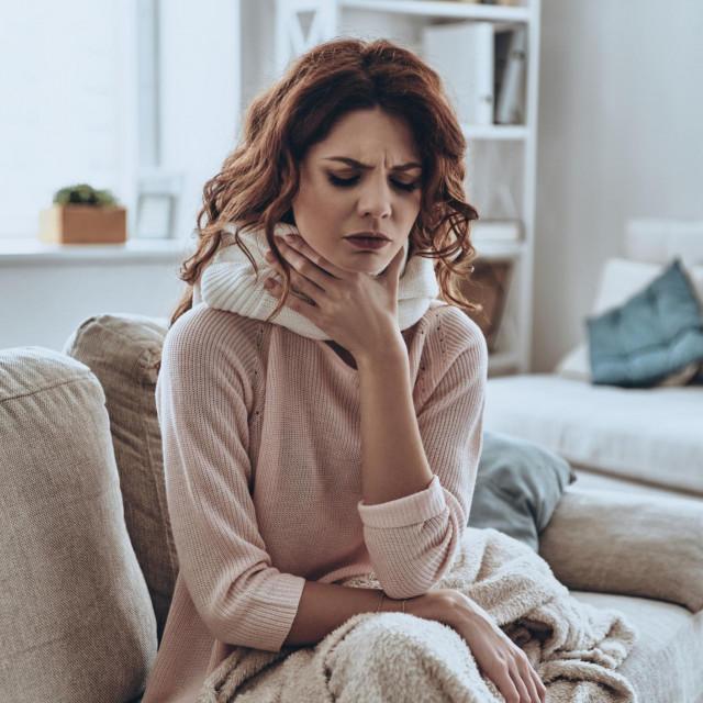 Liječenje prehlade nije tako zahtjevno, no izgleda da sve radimo suprotno te prenosimo viruse svima oko sebe, produžujemo trajanje neugodnih simptoma i pripremamo tlo za još jednu prehladu