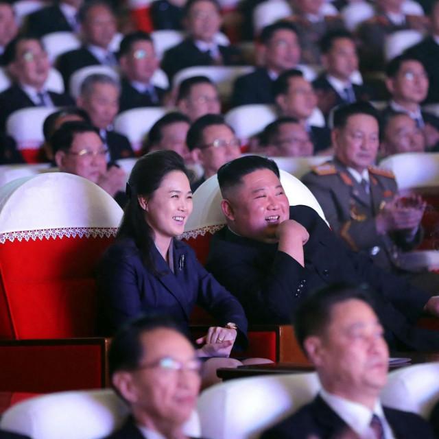Kim Jong Un i Ri Sol Ju