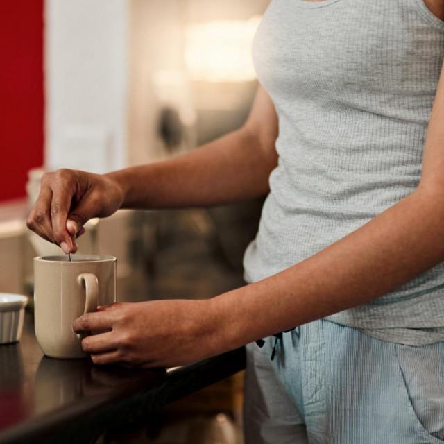 Razlog češće pojave kod žena je tjelesna građa