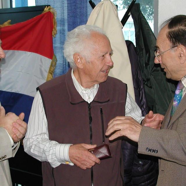 Pavle Gaži (u sredini) / arhiva