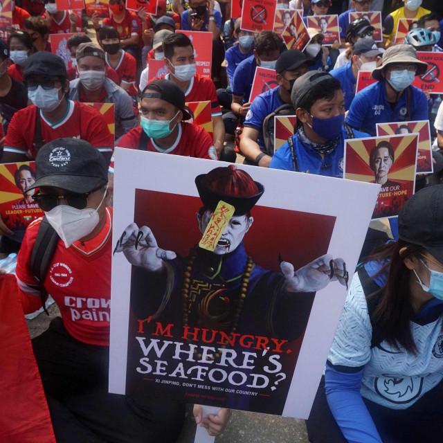 Prosvjedi protiv vojnog puča u Mjanmaru