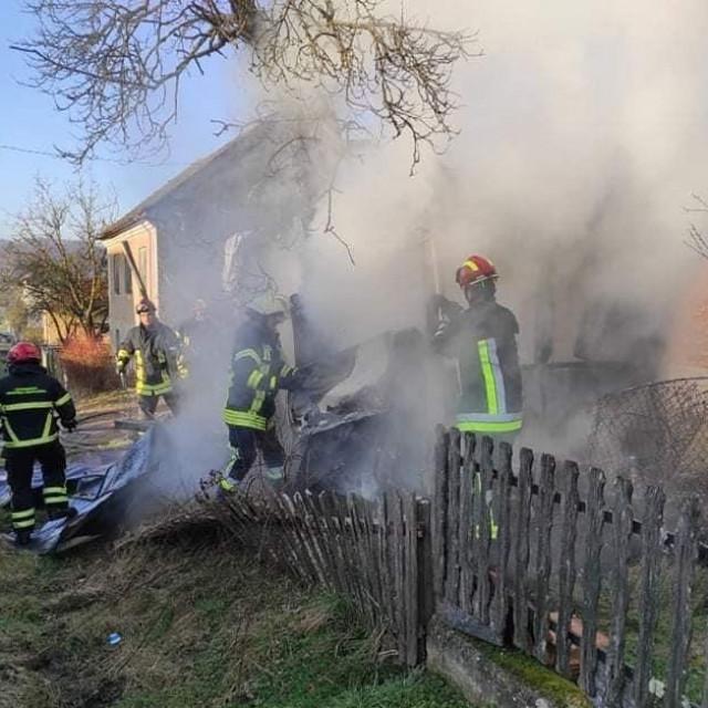 Izgorio stambeni kontejner u Donjoj Velešnjoj
