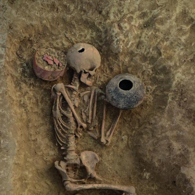 Nalazište Beli Manastir – Popova zemlja, grob 3