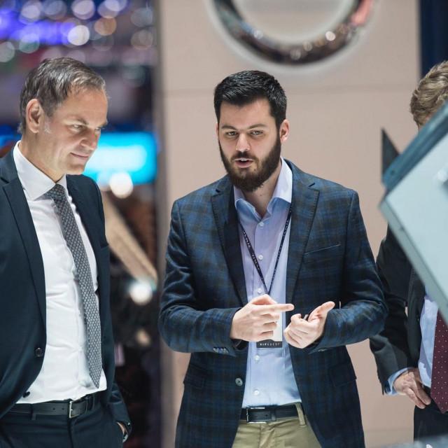Šef Porschea Oliver Blume i Mate RImac, ilustracija