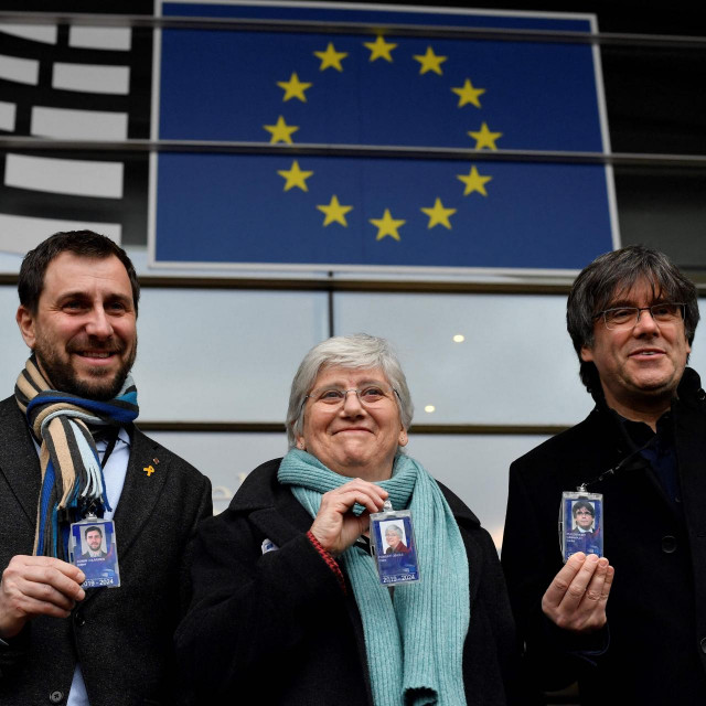 Puigdemont i njegovi suradnici su nakon ilegalnog referenduma za neovisnost pobjegli u Belgiju bježeći pred španjolskim sudovima