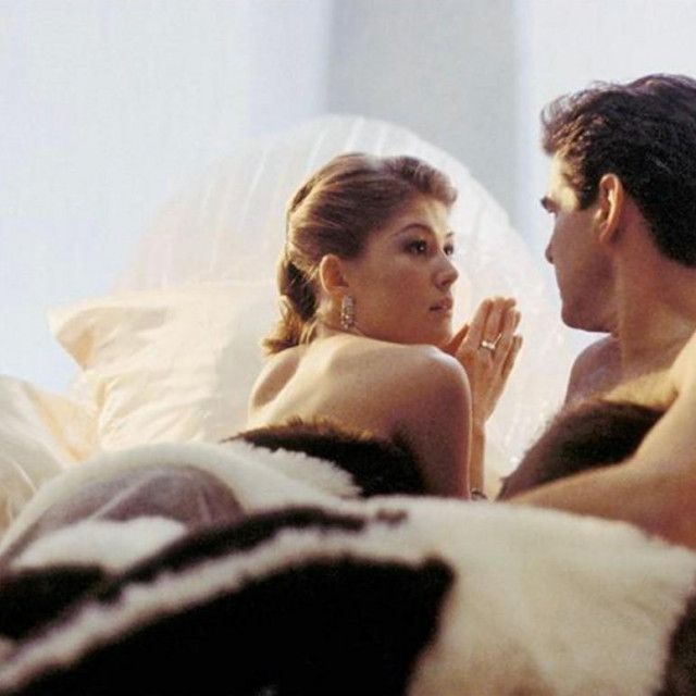 Rosamund Pike glumila je i u filmu 'Umri drugi dan' (James Bond)