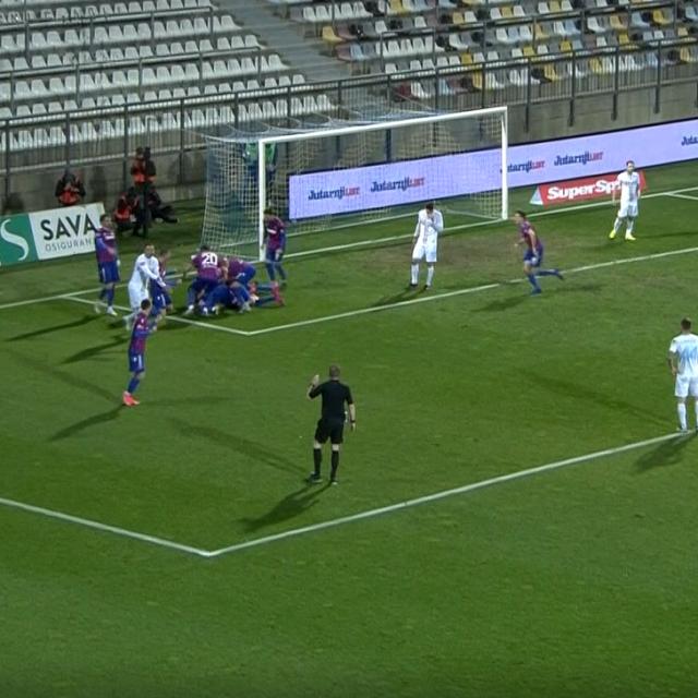 Kalinić brani penal Andrijaševiću u 95. minuti