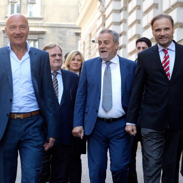 Petar Pripuz, Milan Bandić i odvjetnici (arhiva, 2018.)