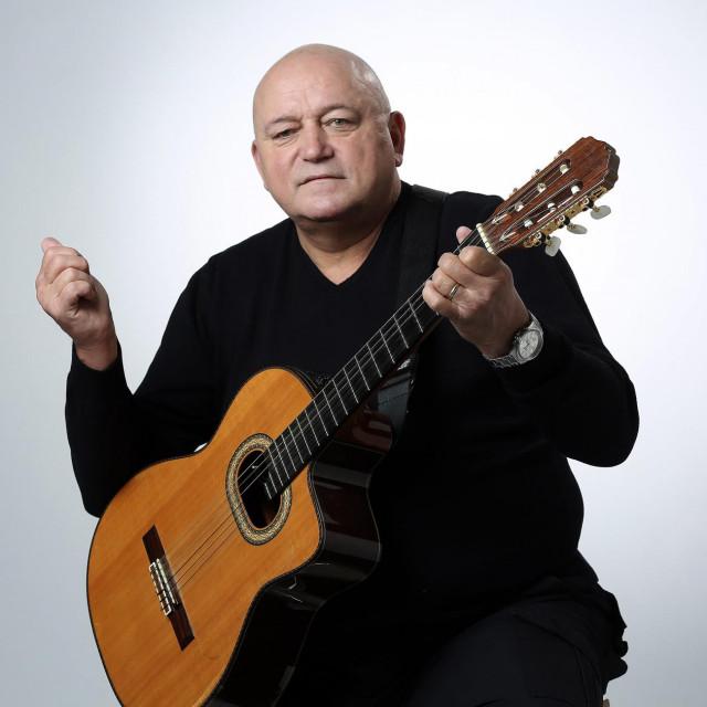 Pjevač Željko Krušlin Kruška