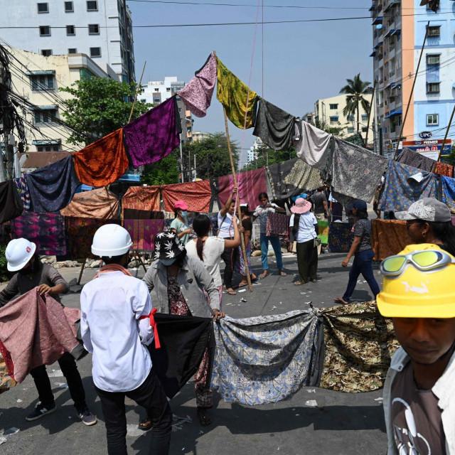 Prosvjedi u Yangonu