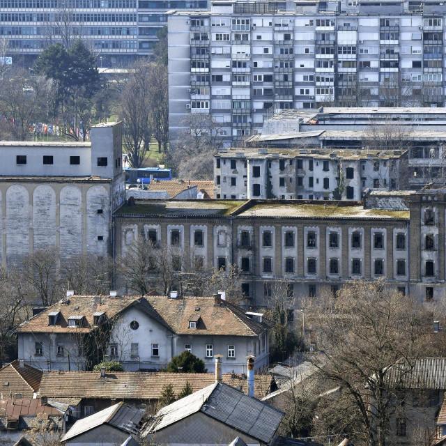 Panoramski pogled na Paromlin
