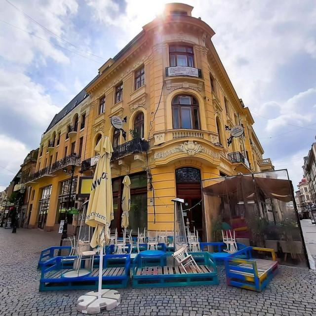 Prizor s ulica Bukurešta/arhivska fotografija