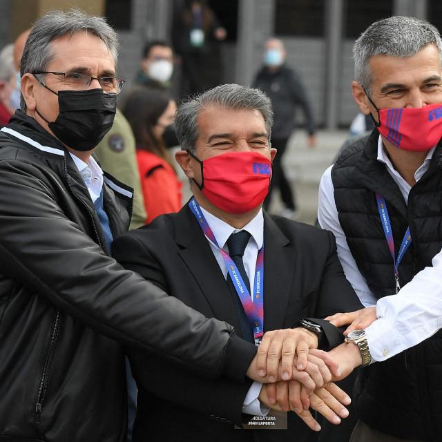 Juan Laporta (u sredini)