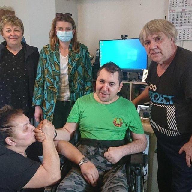 Marijana Šafar, Ana Zokić iz Plasting ortopedije, mama Vera, Mario i tata Darko
