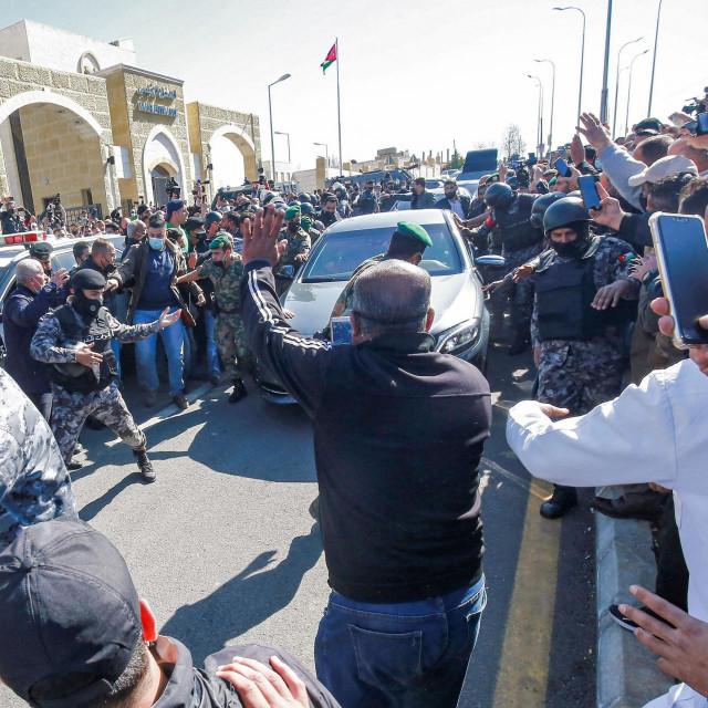 Kralj Abdulah posjetio je u subotu bolnicu u gradu Saltu
