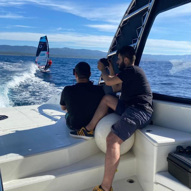 Snimanje videa windsurfing