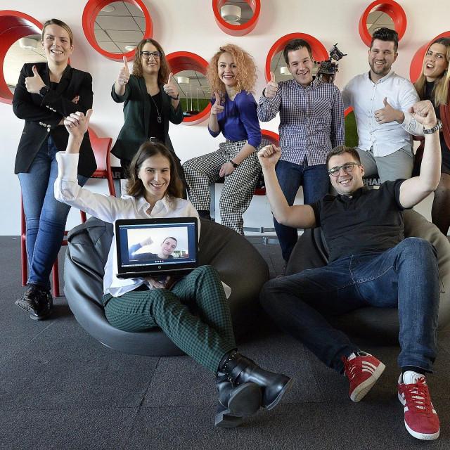 Tim koji je razvio aplikaciju Moj A1 (arhivska fotografija, snimljena prije Covid-19 restrikcija)