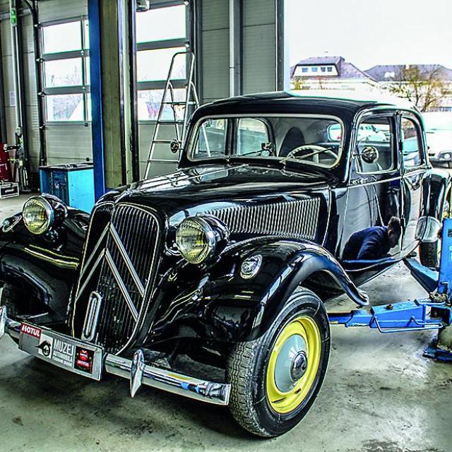 Održavanje starijih auta