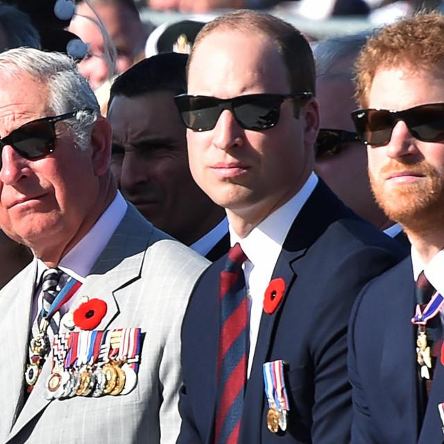 Princ Charles, princ William i princ Harry fotografirani 2017.<br />